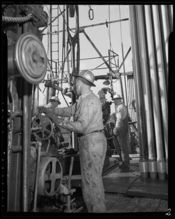 Oil rig, Union Oil Corporation, Southern California, 1940