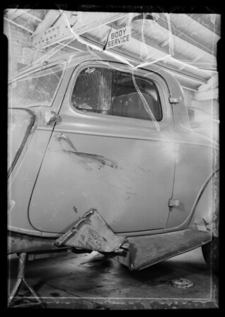 Ford coupe door, Southern California, 1936
