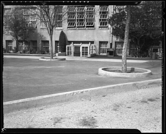 Scene at Woodrow Wilson Junior High School, Glendale, CA, 1940