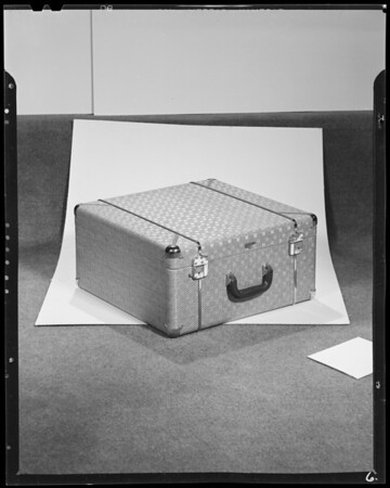 Luggage, Southern California, 1940