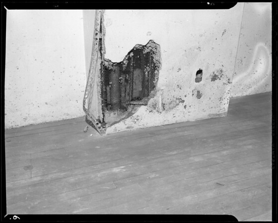 Condition of vacant store, 611 South Broadway, Los Angeles, CA, 1940