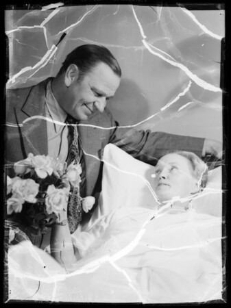 Wallace Beery and Mabel Stark at hospital, Southern California, 1935