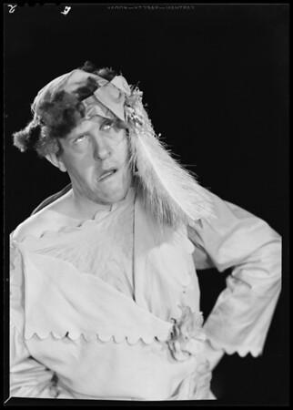 Bob Everhart, Southern California, 1940
