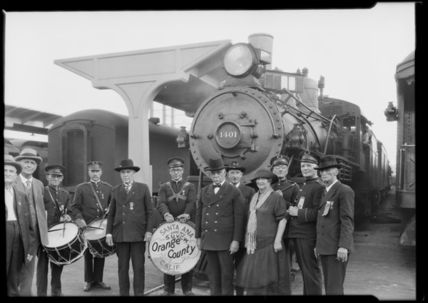 Grand Army of the Republic at Southern Pacific station, Southern California, 1926