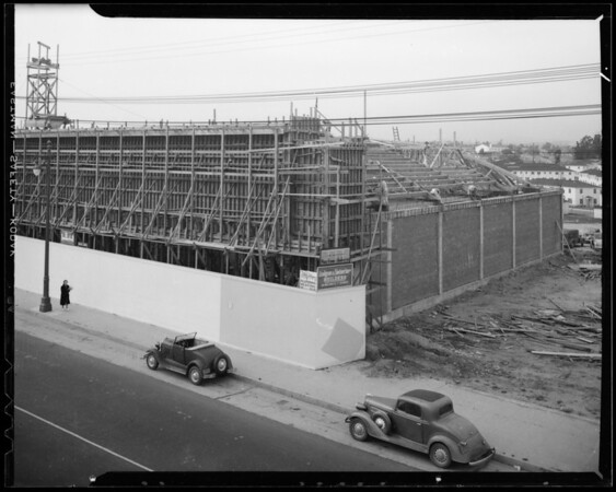 Roof construction on market, Southern California, 1940