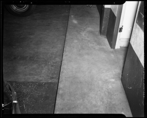 Step in passageway from sales to service department at Paramount Chevrolet Co., Downey, CA, 1940
