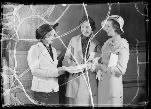 Winners in contest, King's Outfitting Company, Southern California, 1935