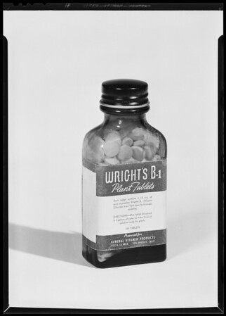 Bottle of B1 tablets, Southern California, 1940