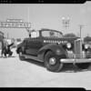 Jimmy Dunn and midget race cars, Southern California, 1940