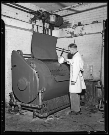 Machine at Washington Cleaners and Dryers, 2512 West Washington Boulevard, Los Angeles, CA, 1940