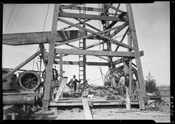 Wilson Willard equipment in use and oil field operators on Signal Hill, CA, 1926