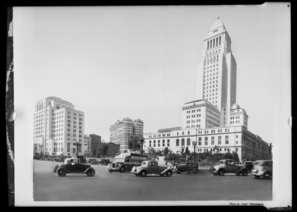 Bus scene, City Hall, Los Angeles, CA, 1935
