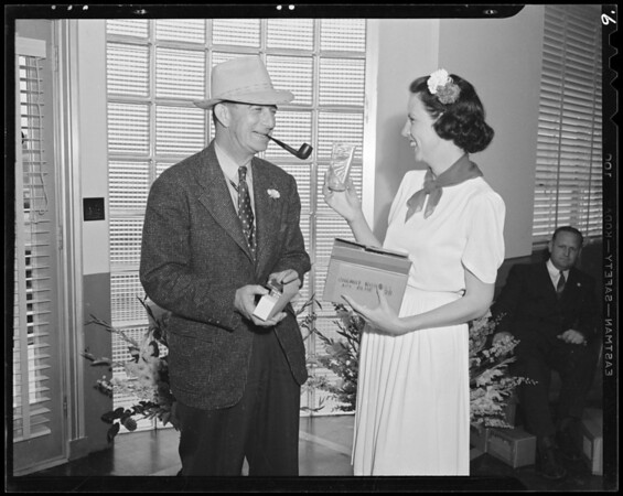 Housewarming day and general interiors and exteriors, Southern California, 1940