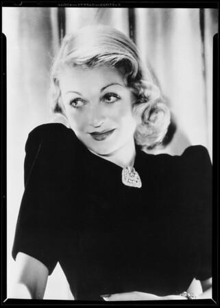 Constance Bennett, Southern California, 1940