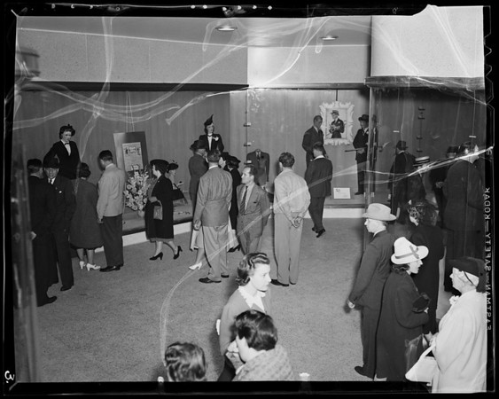 Crowds at opening of store, Harris and Frank, Los Angeles, CA, 1940