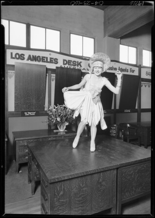 Los Angeles Desk Co., Shrine fair exhibit, Southern California, 1926
