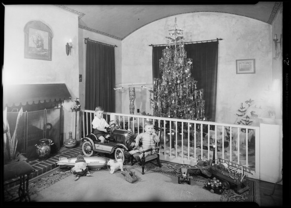 Children's Christmas tree in home, Beverly Hills, CA, 1931