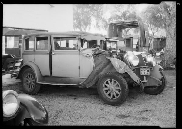 Tolson Transportation System, Graham sedan 7V2185 in Banning, CA, 1934