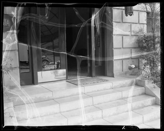 Front steps at 454 South Catalina Street, Los Angeles, CA, 1940