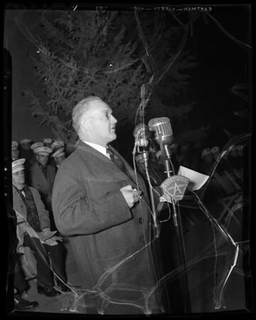 Mayor Bowron switching on Christmas Tree Lane lights and chorus, Los Angeles Memorial Coliseum, Los Angeles, CA, 1940