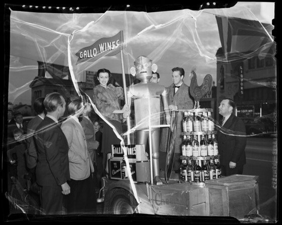 Gallo Wines mechanical man and trailer, Hollywood Ranch Market, 1200 North Vine Street, Los Angeles, CA, 1940