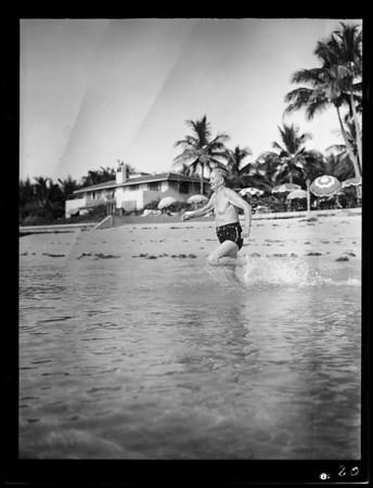 Mr. Bragg in Miami Beach, FL, 1940