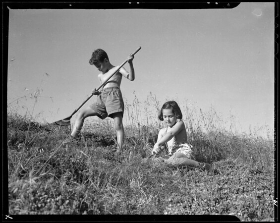 Children at various Community Chest agencies for Times photo, Southern California, 1940