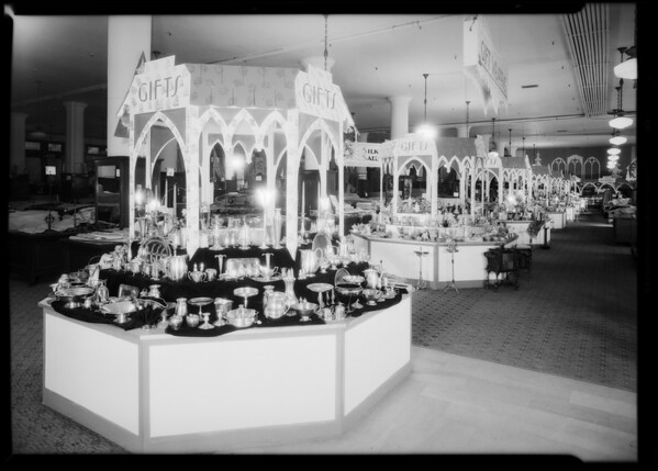 Christmas gift booths, May Company, Southern California, 1930