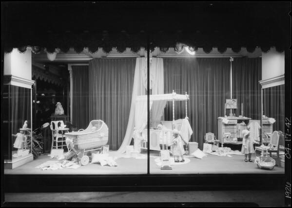 Childrens windows, Ville de Paris, Southern California, 1926