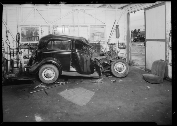 Ford sedan, Commercial Casualty, Mr. Lapie, Southern California, 1935