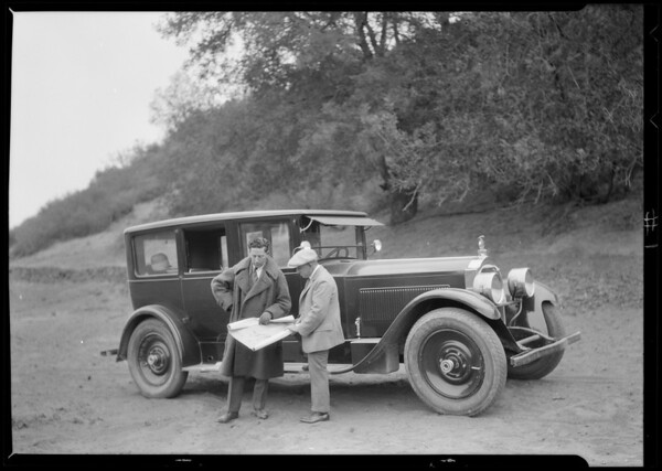 Packard & men, Southern California, 1924