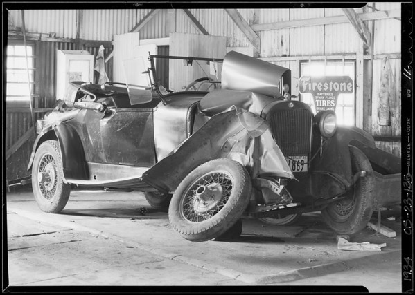 1925 Dodge roadster - Ford sedan and intersection of National Boulevard & Sawtelle Boulevard, Grace Abbot, assured, file #8756, policy #491449, Los Angeles, CA, 1934