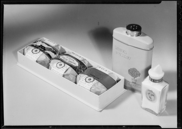 Cosmetic Christmas gifts, Southern California, 1934