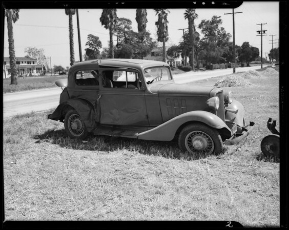 Views at South Figueroa Street and West 157th Street and 1939 Mercury sedan, Los Angeles, CA, 1940
