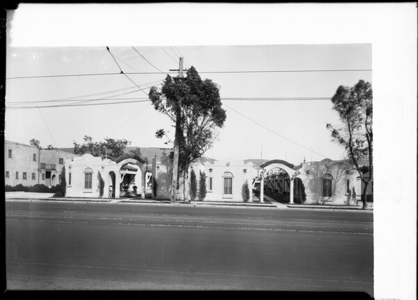 Gray Cottage Court, 4406 Pasadena Avenue, Southern California, 1926