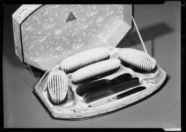 Men's Christmas gifts, Southern California, 1934