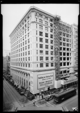 Pacific Southwest Bank building, West 6th Street and South Spring Street, Los Angeles, CA, 1925