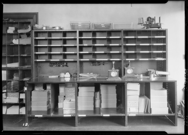 Mailing department Pacific Finance building and attorney library, Worley Lockers, Southern California, 1926