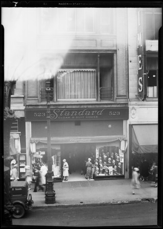 Standard Cloak & Suit House, 523 South Broadway, Los Angeles, CA, 1931