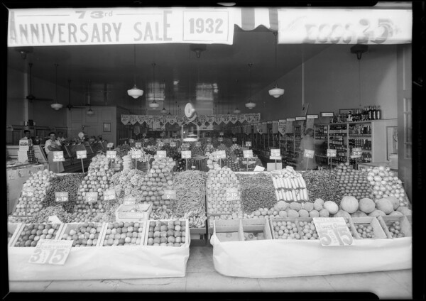 Store at 459 South La Brea Avenue, also A&P store, fruit & vegetable display, Southern California, 1932