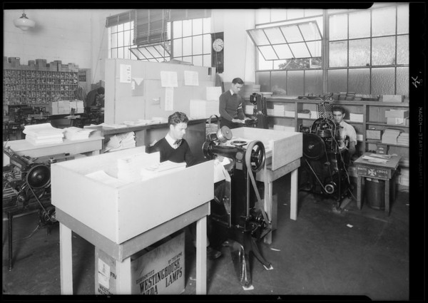 Mailing department and other departments, Southern California, 1931