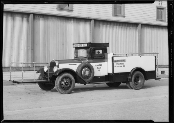 Tanner Motor Tours movie camera car, Southern California, 1932
