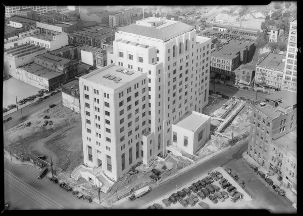 State building, Southern California, 1932