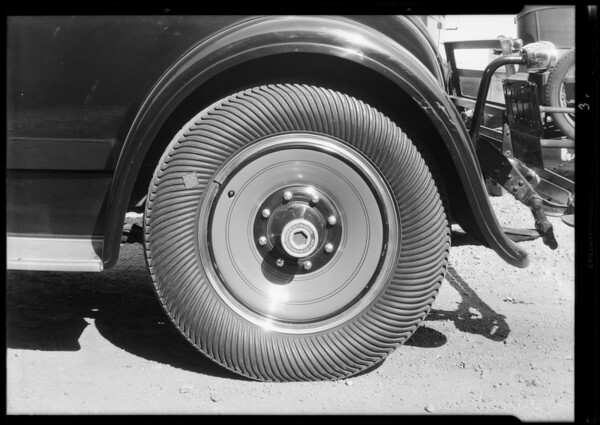 New tire, Western Auto, Southern California, 1931