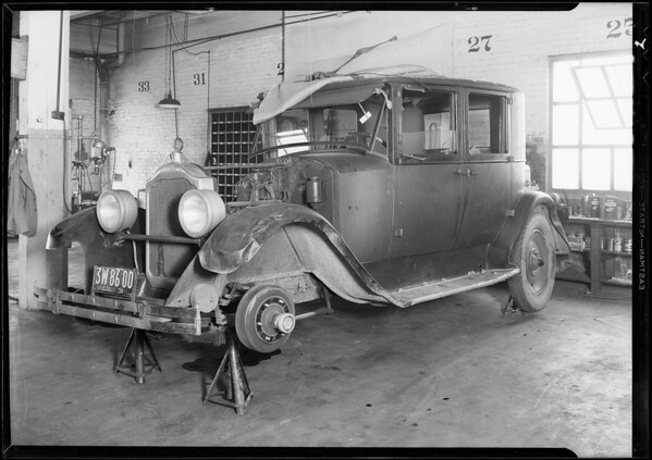 Packard sedan, Southern California, 1931