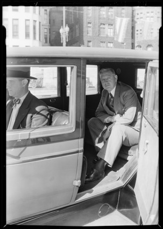 Mayor Porter and Lincoln car, Southern California, 1929 [image 1]