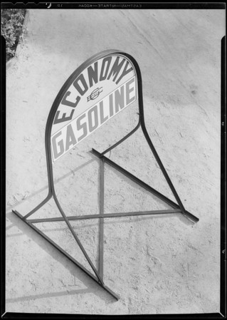 Economy gas curb sign, Wilshire Oil Co., Southern California, 1930