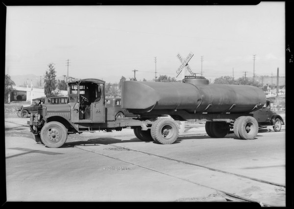 California Milk Transport Co. truck, Southern California, 1935