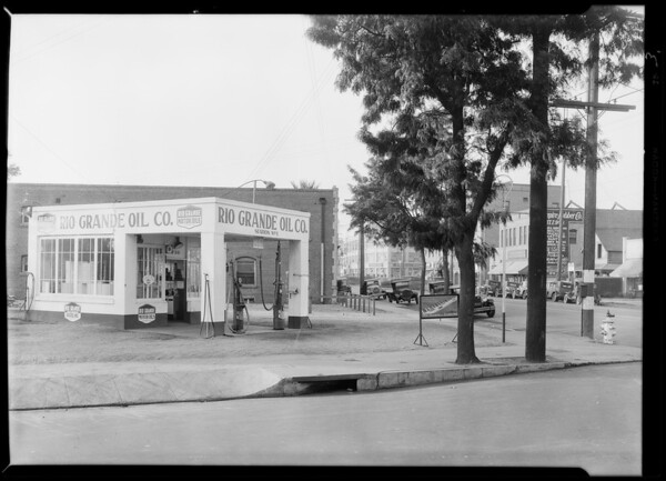 Station at 738 East 9th Street, Southern California, 1929