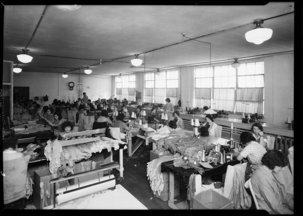 Interior of factory, Mission Hosiery Mills, Los Angeles, CA, 1931